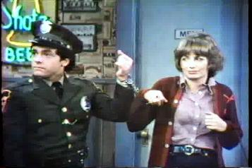 Wayne Powers & Penny Marshall.  Laverne & Shirley.